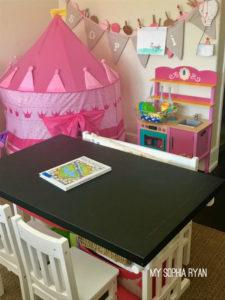 Sophia's Room - pink castle tent
